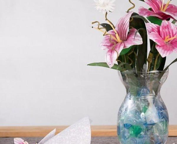 סדנת פרחי פלסטיק, מרים פרדל דגז